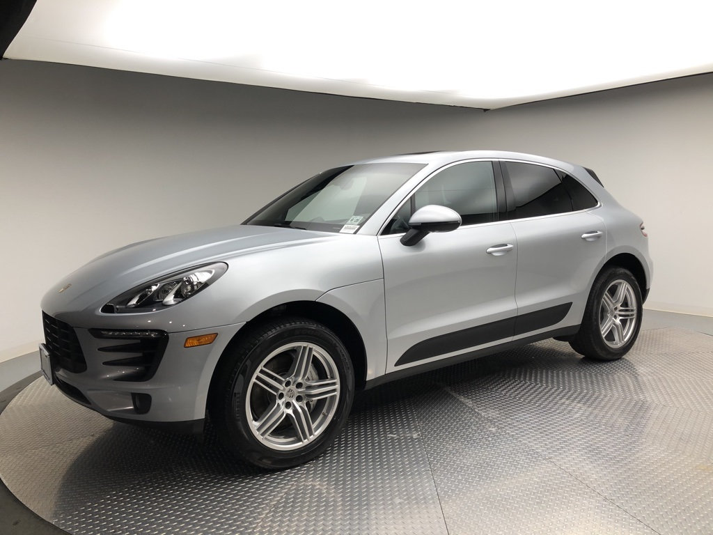 Pre-Owned 2015 Porsche Macan AWD 4dr S